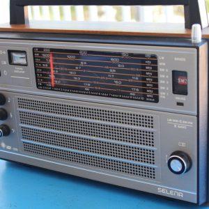 Selena Vega 215 URSS Radio Receiver